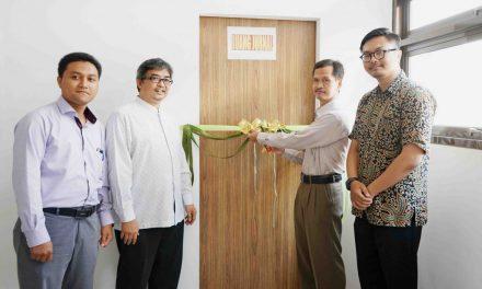 Peresmian Launching Ruang Jurnal dan Pelatihan Dasar OJS Berbasis Daring di Fakultas UAD