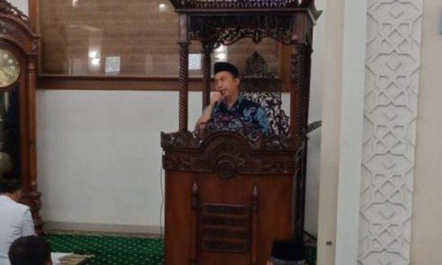 Calon Doktor IAIN Cirebon Mengisi Pembinaan Rohani di Masjid At-Taqwa Mapolda Jateng